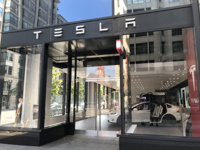 Tesla in Center City DC!